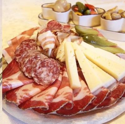 Billigfeleisch-haltungsform-fleisch-deckblatt-aufschnitt